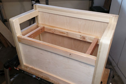 Toy Box Assembly with No Cover on Top
